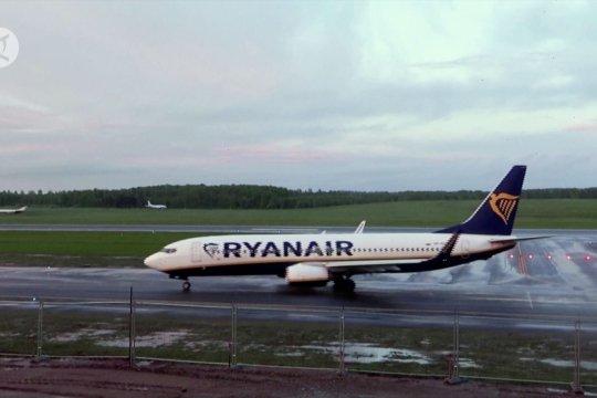 Belarus bajak pesawat Irlandia demi tangkap jurnalis oposisi