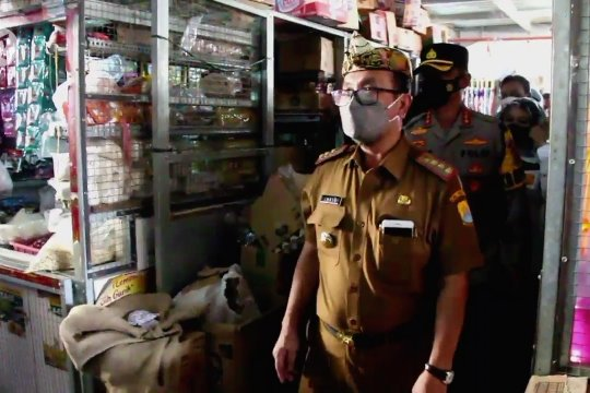 Bupati Cirebon pastikan kebutuhan pangan jelang Lebaran mencukupi