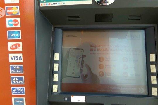 Ini penilaian atas transaksi di ATM Link Himbara yang tak lagi gratis