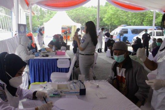 Menhub minta antigen acak penumpang Sumatera konsisten