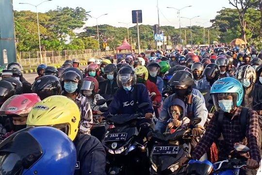 Mobilitas pemudik ke Madura meningkat