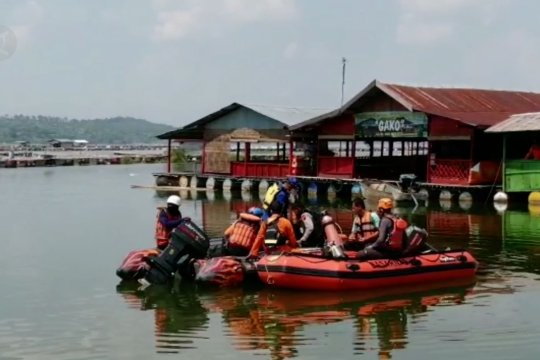 Pencarian korban terkendala air keruh Kedungombo