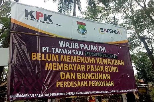 Bapenda Kab. Tangerang pasang baliho teguran bagi penunggak pajak