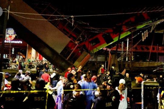 Jembatan rel Mexico City runtuh, 15 orang tewas dan 70 lainnya luka-luka