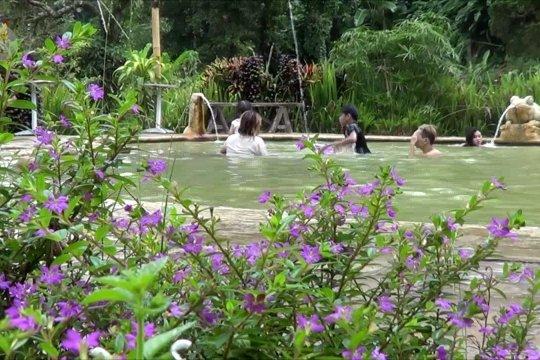 Bali tetap buka pariwisata internasional Juli 2021, meski adavarian baru COVID-19