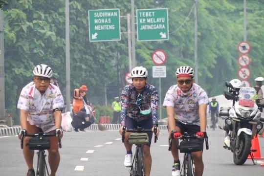 DKI uji coba lintasan sepeda di jalan layang non tol