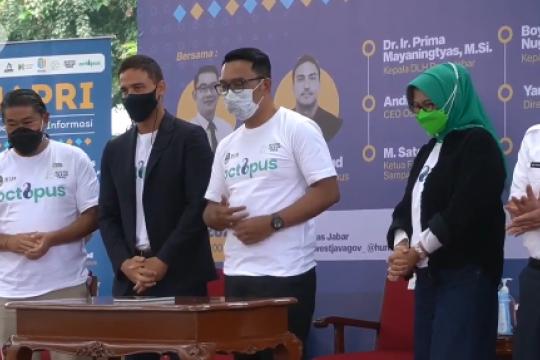 Ridwan Kamil & Hamish Daud luncurkan aplikasi daur ulang sampah