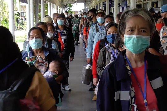 Batam batasi kedatangan pekerja, Cirebon minta pemudik putar balik