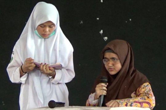 Mengenal Dwi Wahyuni Nur Sakinah, siswi tuna netra berprestasi