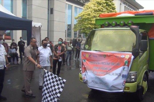 Pemprov Maluku dan BUMN salurkan paket sembako di dua kabupaten
