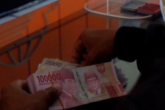 Penarikan uang dari luar negeri di Kantor Pos Jember Rp75 juta per hari