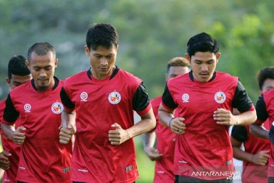 Semen Padang fokus genjot fisik pemain dalam latihan