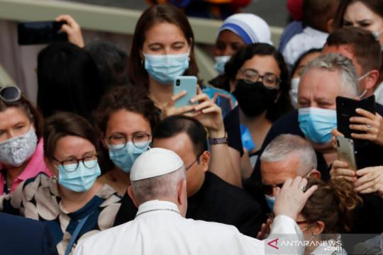 Paus  minta umat Kristen dunia berdoa dan berpuasa bagi Afghanistan