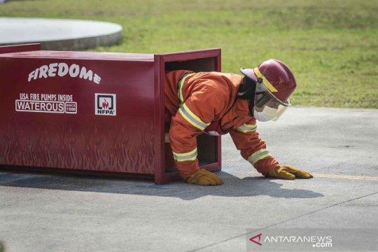 Adu ketangkasan pemadam kebakaran Pemprov DKI Jakarta