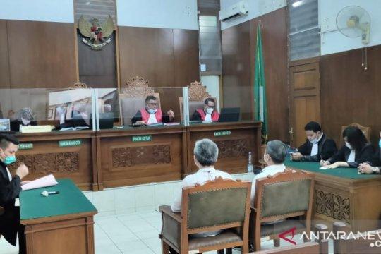 Jaksa tuntut mantan Direksi PT Tiga Pilar tujuh tahun penjara