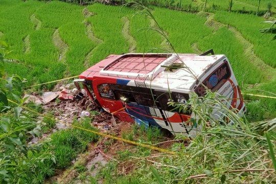 Kecelakaan bus di Pakistan tewaskan 20 jemaah