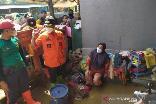 Bupati Bandung sebut banjir akibat terhambatnya normalisasi sungai