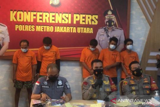 """Polisi ungkap pesta narkoba di Puncak berkedok """"family gathering"""""""