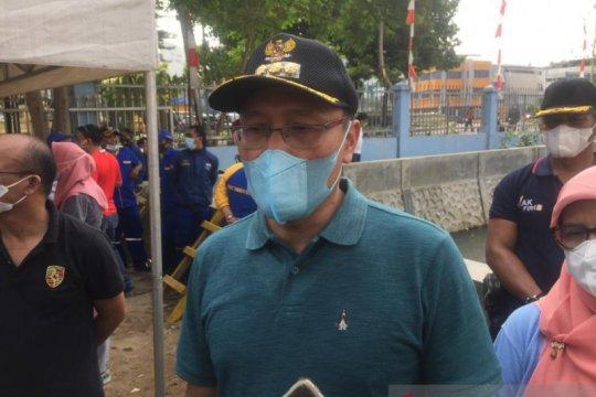 Wali Kota Jakarta Pusat minta bangunan di atas saluran air dibongkar