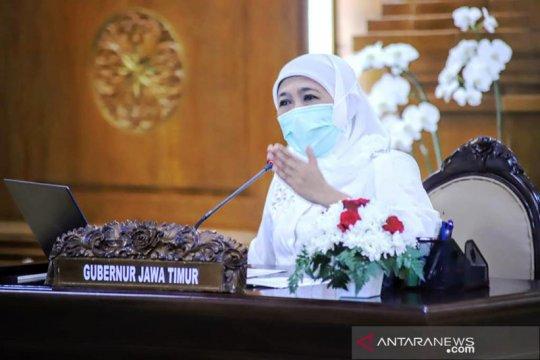Gubernur Jatim ingatkan percepatan vaksinasi guru jelang PTM