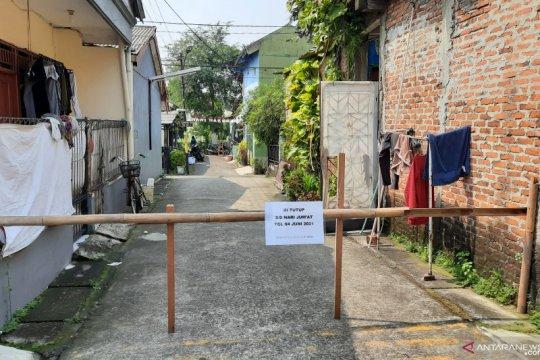 Jumlah kasus COVID-19 klaster kerja bakti di Tangerang bertambah