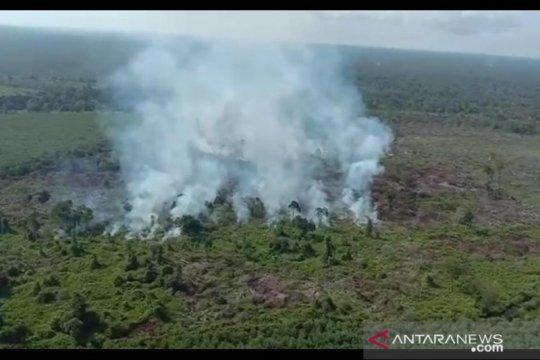 Polda Jambi turunkan personil padamkan api di Parit Pudin Tanjab Barat