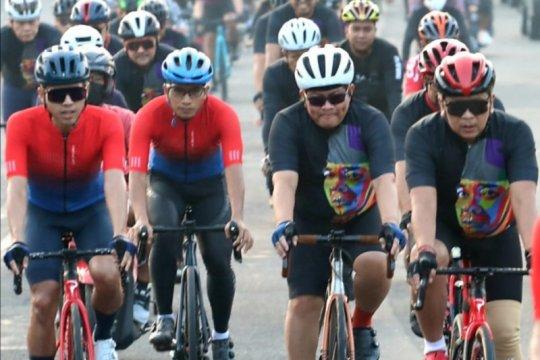 Pramono Anung-Hasto bersepeda rayakan Bulan Bung Karno di Yogyakarta
