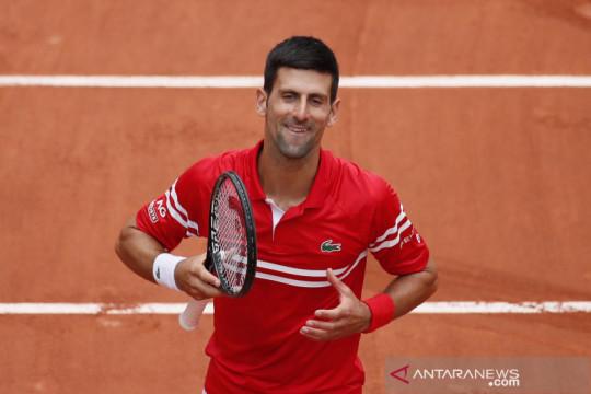 Tenis French Open:  Djokovic melaju ke putaran keempat setelah atasi Berankis