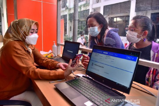 33 penghafal kitab suci daftar PPDB SMP Surabaya jalur prestasi