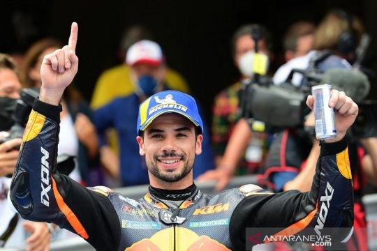 KTM bikin kejutan, Oliveira juara GP Catalunya