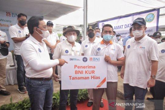 BNI berikan KUR kepada petani binaan IPB University