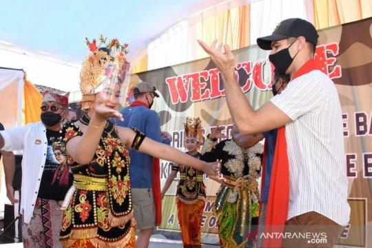 Marinir Indonesia kenalkan budaya tradisional Banyuwangi ke Marinir AS