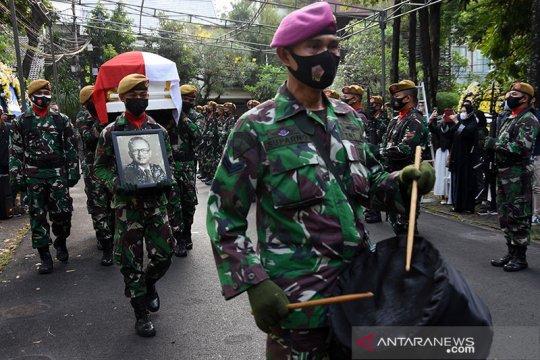 Wamenlu: pengabdian Mochtar Kusumaatmadja jadi teladan bagi Indonesia