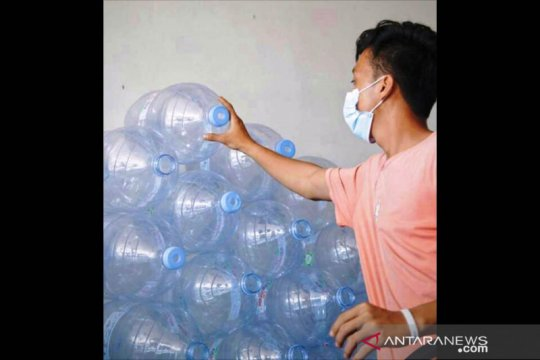 Plastik masih menjadi persoalan lingkungan di Indonesia