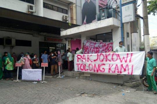 Nakes RSU Permata Bunda Medan demo karena gaji tak dibayar