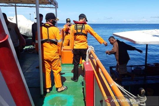 Basarnas selamatkan 16 penumpang KM Mulin di perairan Halsel