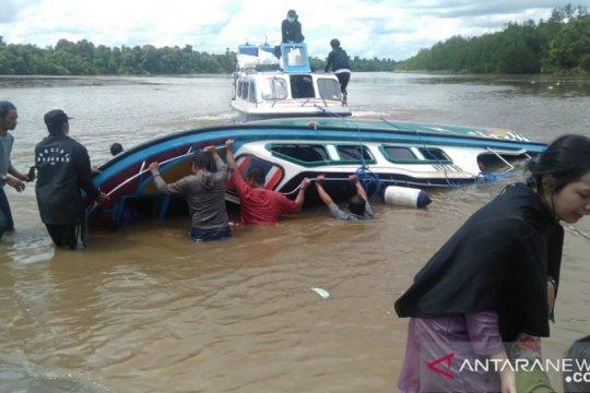 Kapal cepat kecelakaan, lima penumpang meninggal