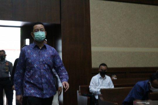"""Saksi: Rp11,2 miliar """"fee"""" bansos sudah diterima Juliari"""