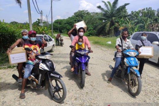 KBRI dan ormas di Malaysia kirim logistik ke pekerja terdampak
