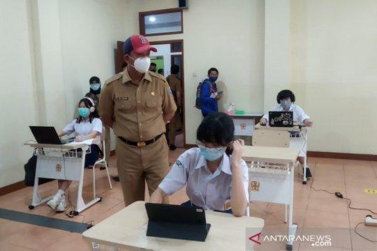 Kota Bandung mulai uji coba pembelajaran tatap muka secara terbatas