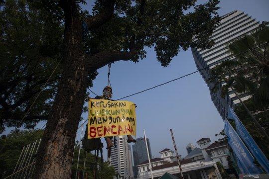 Aksi damai tuntut penyelamatan lingkungan