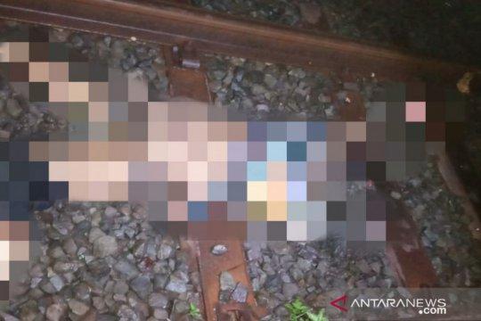 Dua orang lansia tewas tersambar kereta api Siliwangi
