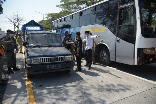 Warga dari Madura masuk Surabaya wajib jalani tes usap antigen