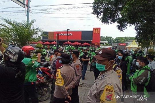 Polisi bubarkan kerumunan promo BTS Meal McDonald's di Medan