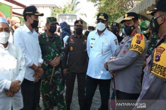 Ketua KPU dan Bawaslu RI tinjau TPS 7 Tanjung Rema Martapura