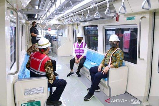 Presiden harapkan kereta LRT buatan RI bisa diekspor