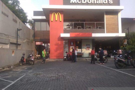 "Sejumlah gerai McDonald's di Jakpus disegel imbas kerumunan ""BTS Meal"""