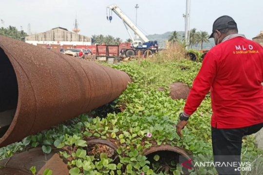 PN Serang mengeksekusi besi hibah Freeport milik warga Papua