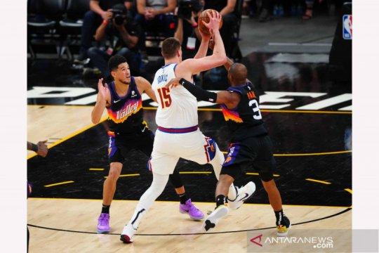 NBA Playoffs: Phoenix Suns memimpin 2-0 atas Denver Nuggets