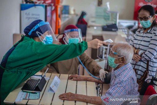 Pemkot Bogor lanjutkan vaksinasi lansia dengan cara jemput bola